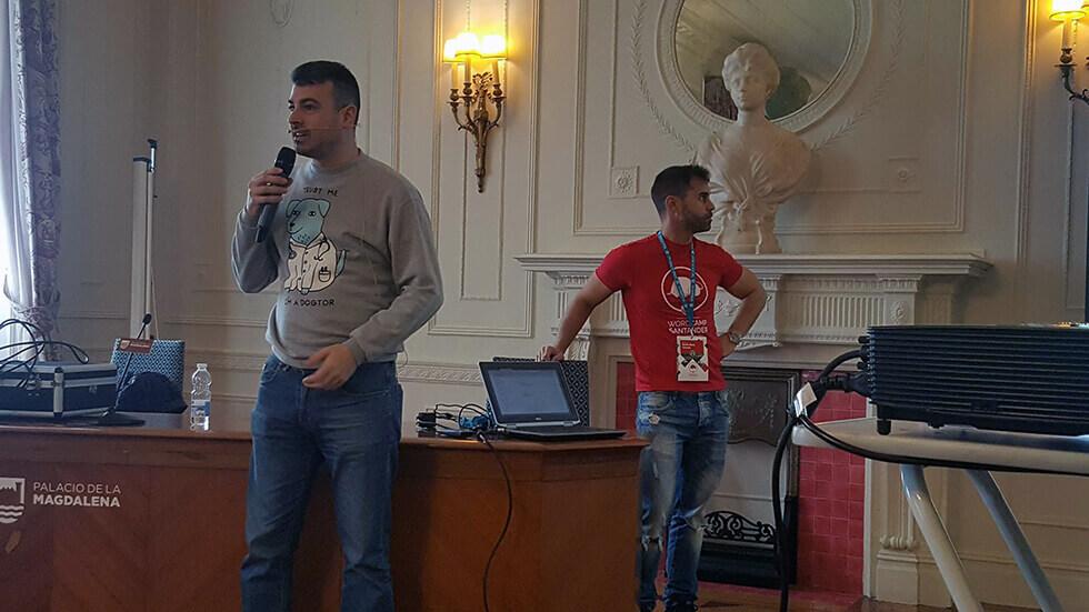 Desconferencia: Javier Casares y Tomás Sierra